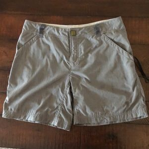 Mountain Hardwear Shorts - Mountain Hardwear Shorts